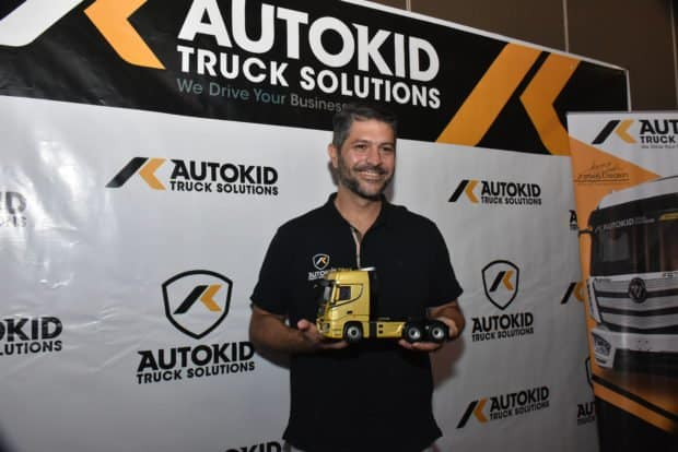 Do you think James Deakin's automotive philosophies are in line with Autokid's vision?